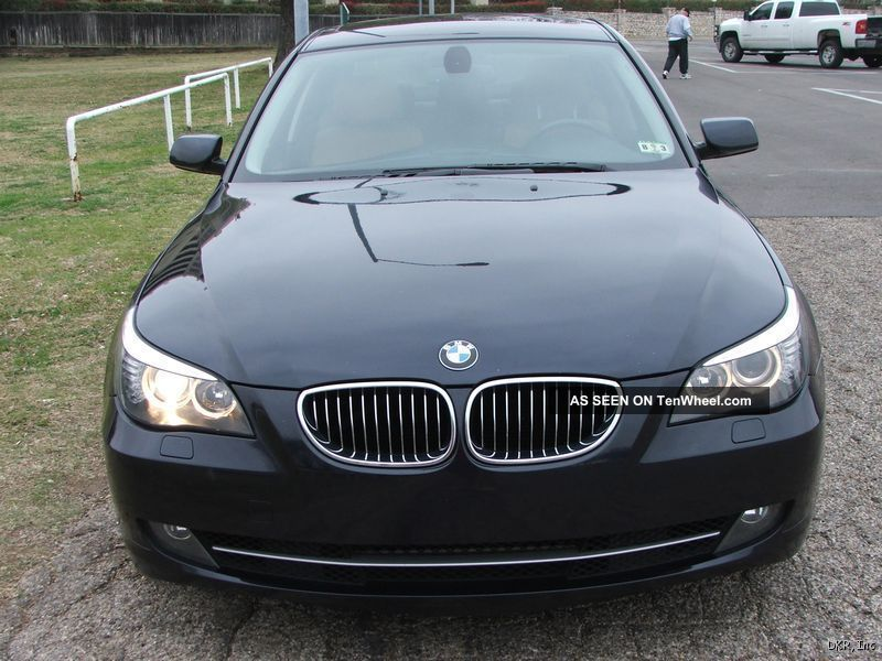 2010 Bmw 528i, ,  Sedan 4 - Door 3.  0l 5-Series photo