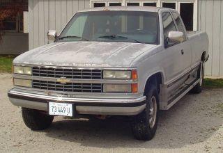 1992 Chevrolet C2500 Silverado Ext.  Cab Long Bed photo