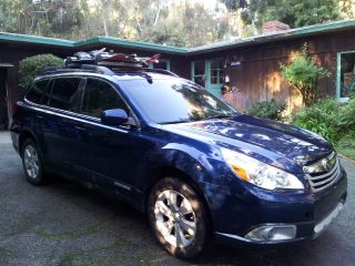 2010 Subaru Outback 2.  5 Limited Edition Back View Camera photo