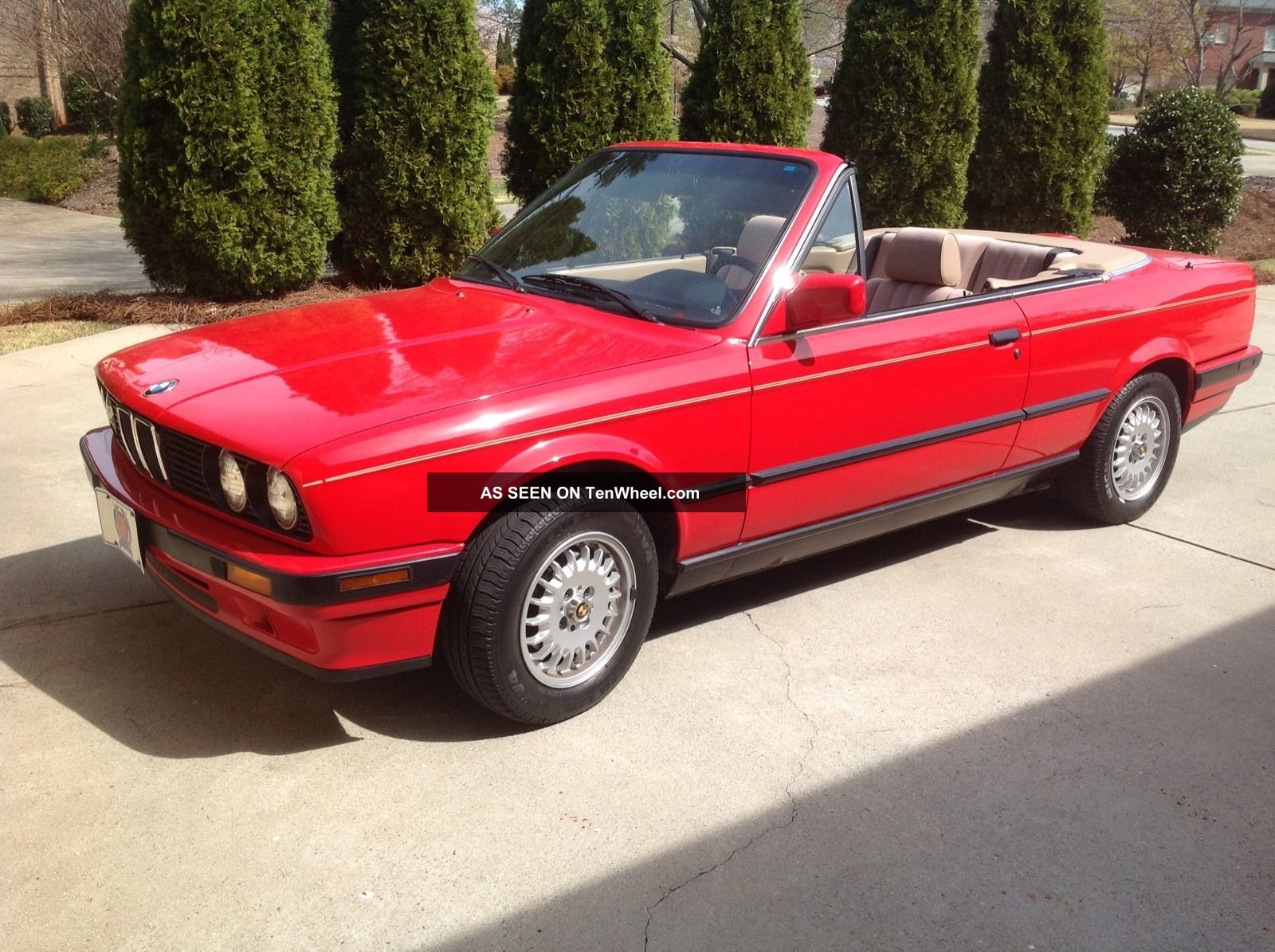 1991 Bmw 318i Base Convertible 2 - Door 1.  8l 3-Series photo