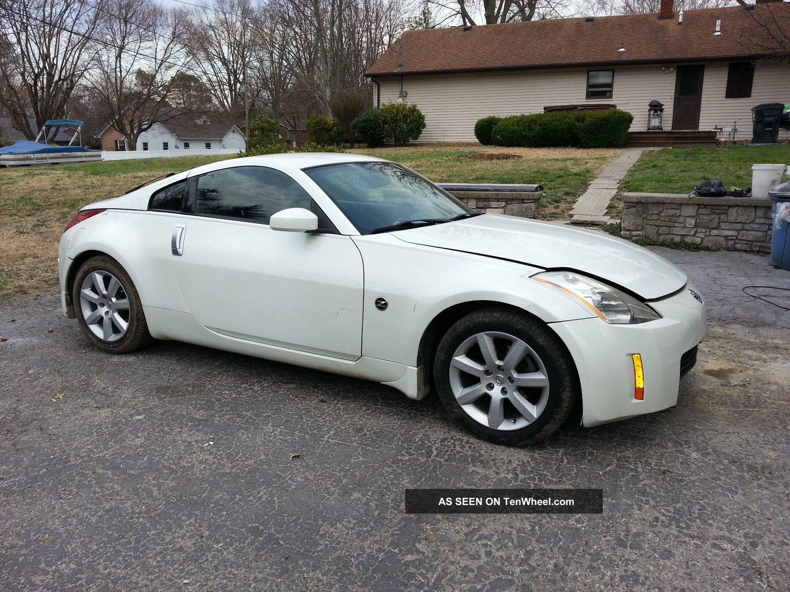 2003 nissan 350z performance coupe 2 door 3 5l minor damage clear title. Black Bedroom Furniture Sets. Home Design Ideas