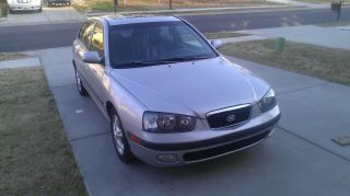 2003 Hyundai Elantra Gt Hatchback 5 Door photo