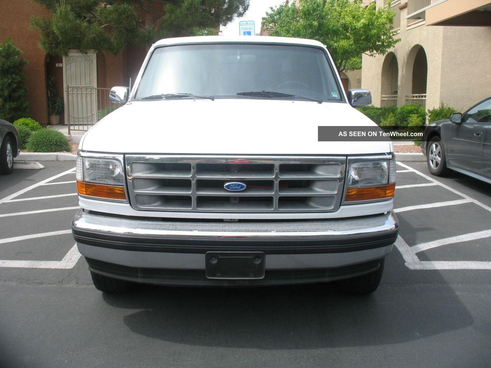 1994 Ford Bronco Xlt 4x4 5.  8l Bronco photo