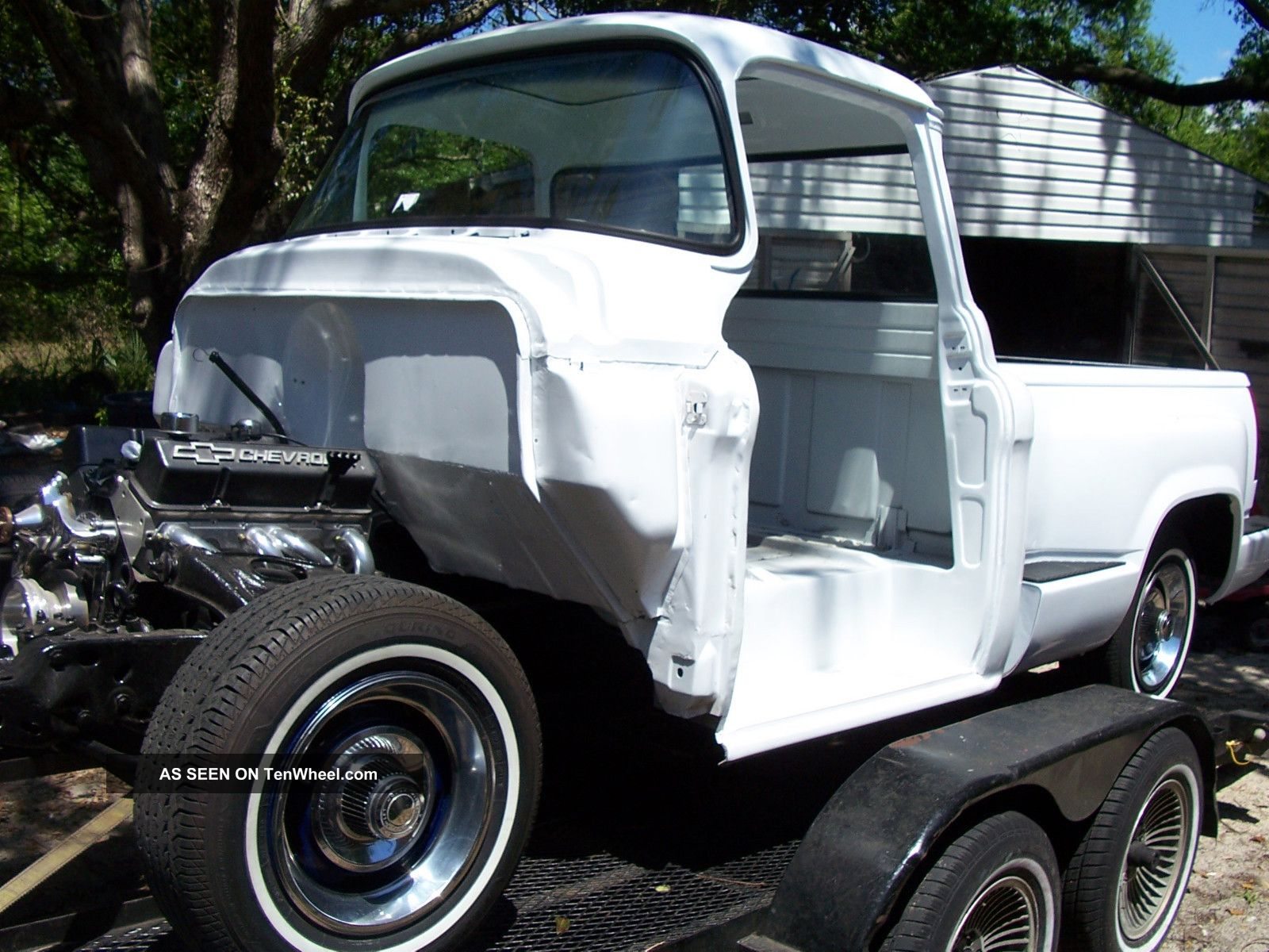 1956 Gmc / Chevy Bigwindow Short Wheel Base Project. Other photo