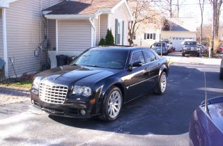 2006 Chrysler 300 C Srt8 Sedan 4 - Door 6.  1l 33k Mi photo