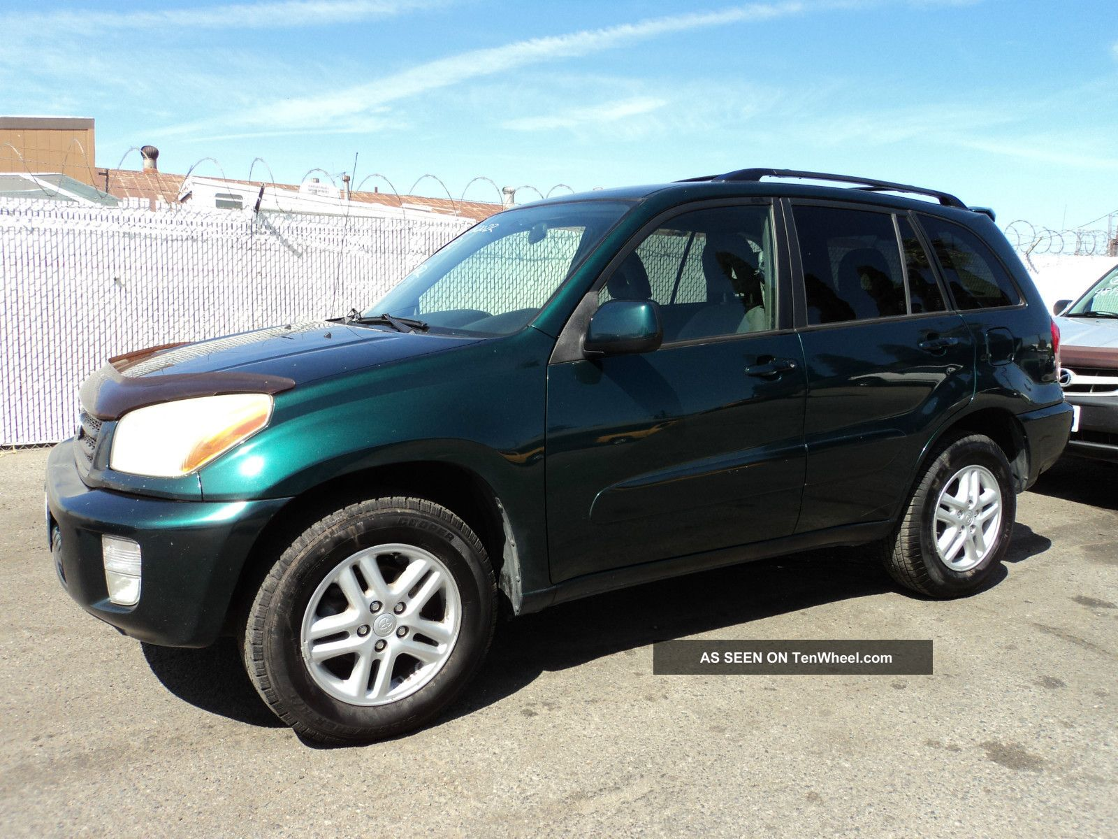 2002 toyota rav4 base sport utility 4 door 2 0l. Black Bedroom Furniture Sets. Home Design Ideas