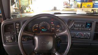 2002 Chevrolet Avalanche 1500 Base Crew Cab Pickup 4 - Door 5.  3l photo