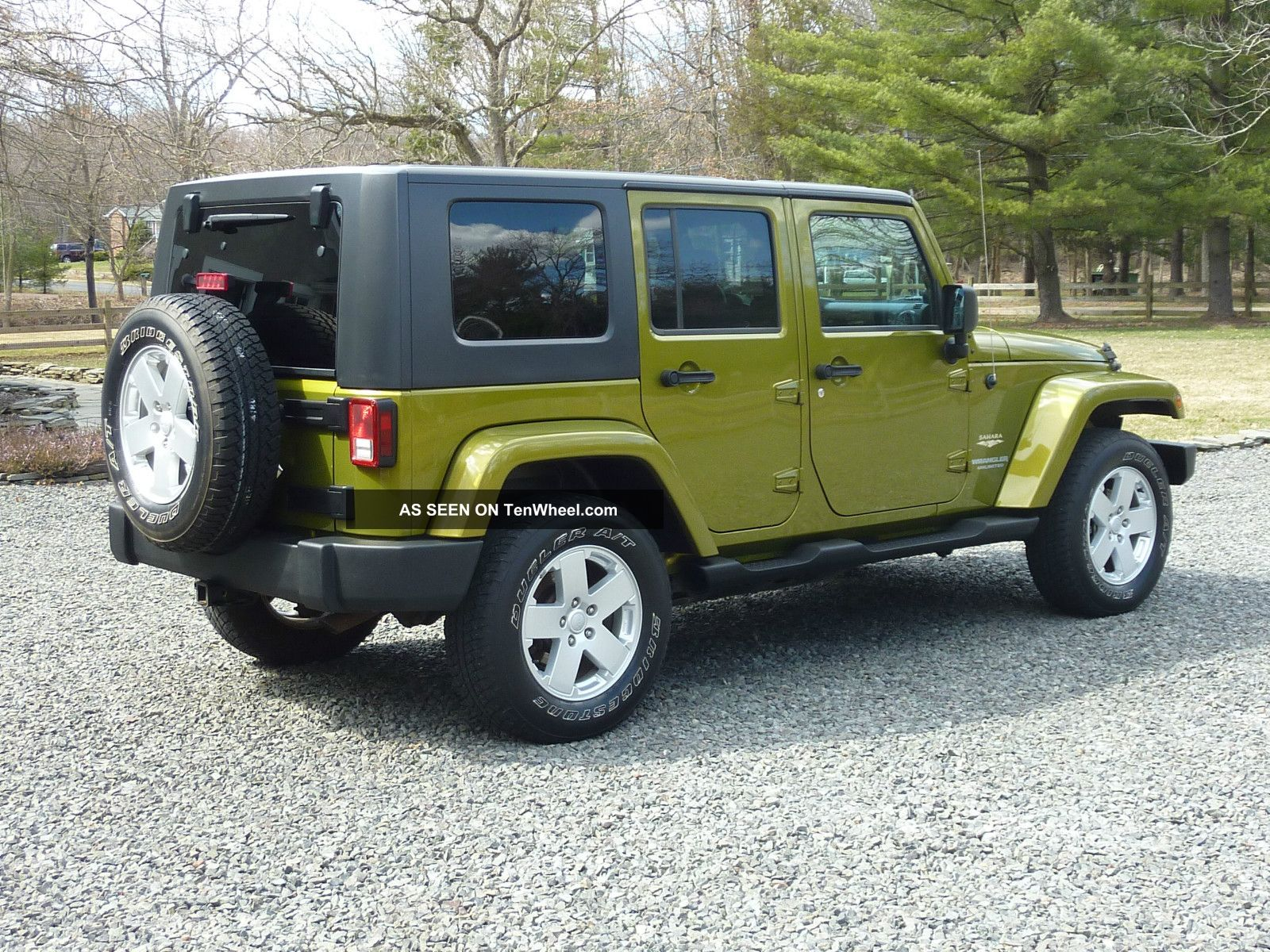 2007 jeep wrangler unlimited sahara with hard and soft tops
