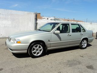 2000 Volvo S70 Base Sedan 4 - Door 2.  4l, photo