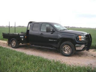 2008 Gmc Sierra 2500 Hd 4x4 Extended Cab Pickup Bramco Hay Bale Spike Flatbed photo