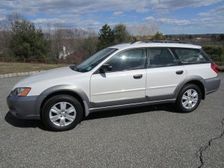 Pearl White 2005 Subaru Outback Near Perfect Body Runs 100% photo