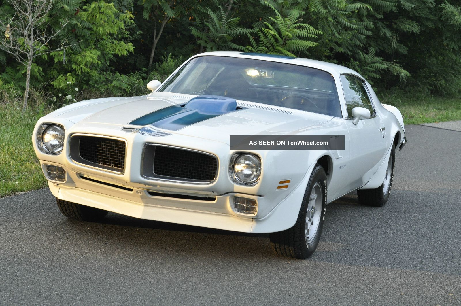 18091 1970 1  2 pontiac trans am   frame off restoration on trucks with a 440 magnum engine