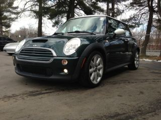 2003 Mini Cooper S Hatchback 2 - Door 1.  6l Supercharged British Gr 6 Sp photo