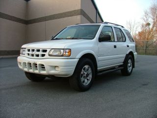 2001 Isuzu Rodeo Ls photo