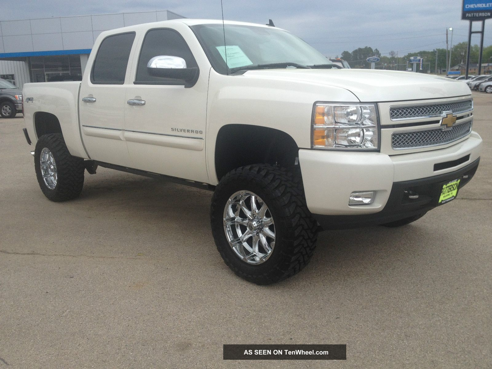 2012 chevrolet silverado 1500 lt crew cab pickup 4 door 5 3l. Black Bedroom Furniture Sets. Home Design Ideas