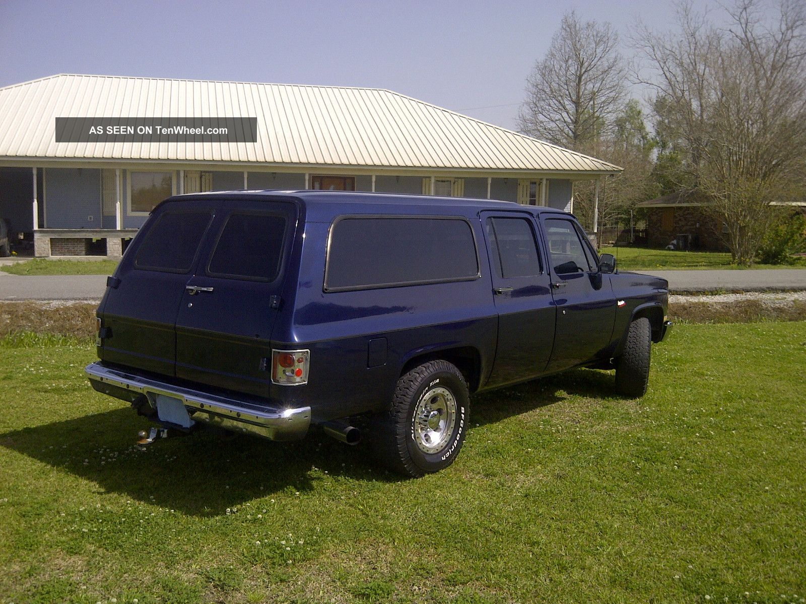 1990 Gmc R2500 Suburban Sle Sport Utility 4 - Door 6  2l 2wd