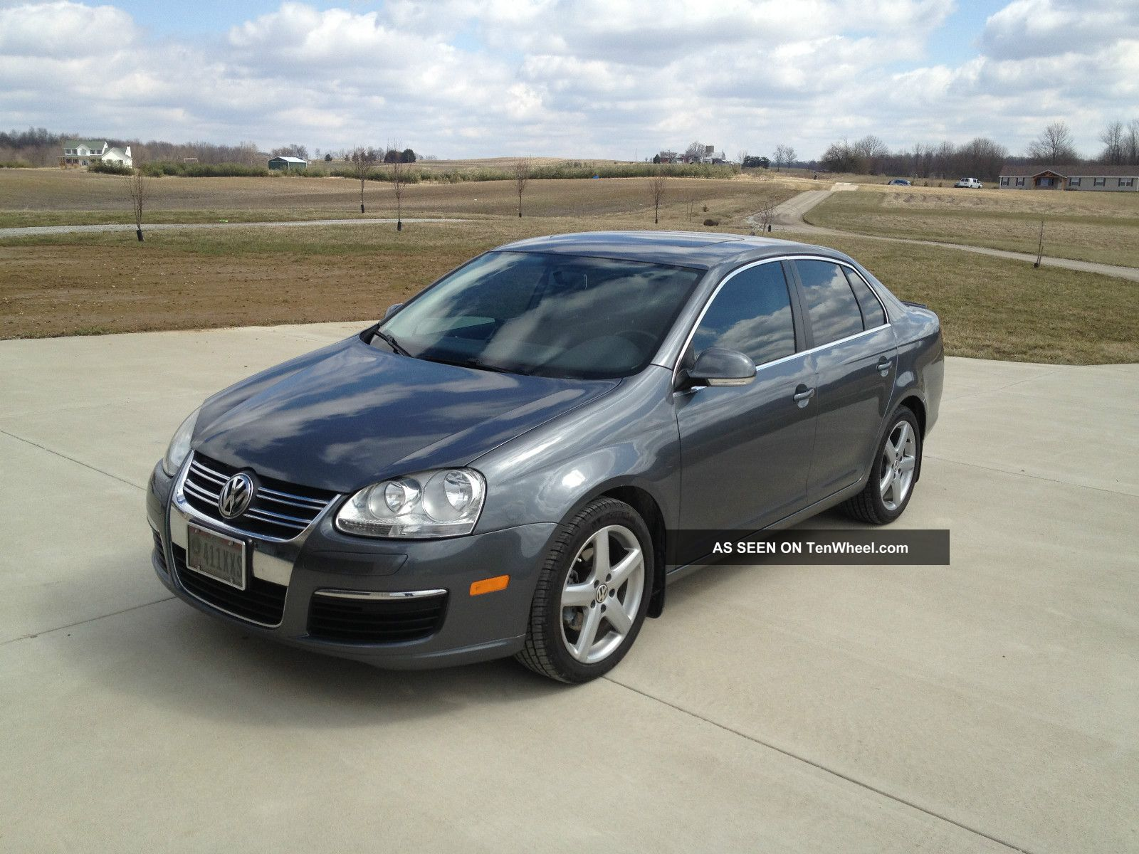 2009 volkswagen jetta tdi sedan 4 door 2 0l. Black Bedroom Furniture Sets. Home Design Ideas
