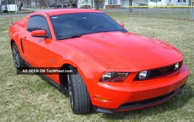 2010 Mustang Gt Premium Coupe Mustang photo