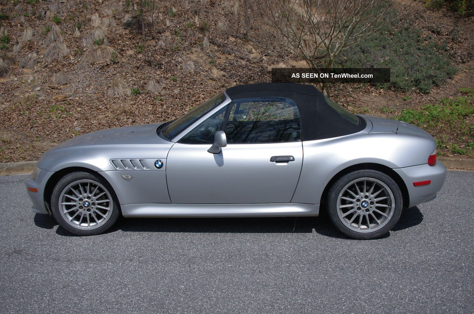 2001 Bmw Z3 Roadster Convertible 2 Door 3 0l Money Goes