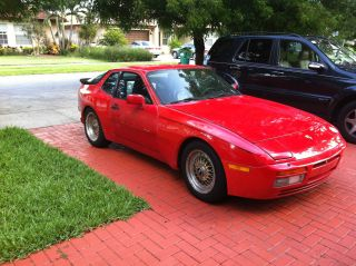 1986 Porsche 944 Turbo Coupe 2 - Door 2.  5l photo