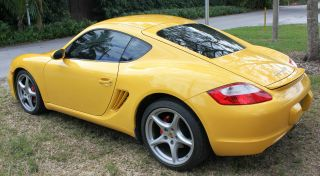 2008 Porsche Cayman S Hatchback 2 - Door 3.  4l photo