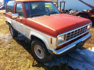 Ford Bronco Ii 4x4. ,  Reliable And Strong Running.  1987 Xls.  Classic photo