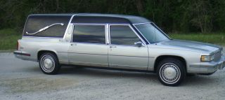 1987 Cadillac Deville Hearse photo