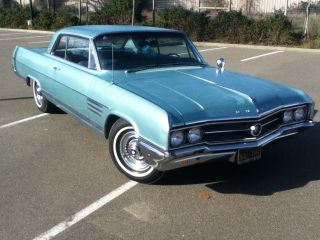 1964 Buick Wildcat photo