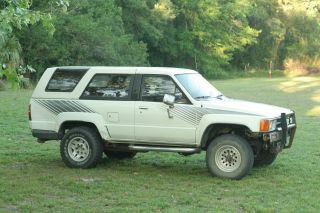 1987 Toyota 4runner Sr5 22re 5 Speed Nr photo