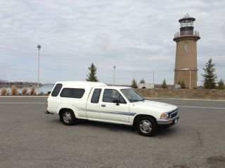 1995 Toyota Pickup Sr5 Extended Cab Pickup 2 - Door 3.  0l photo