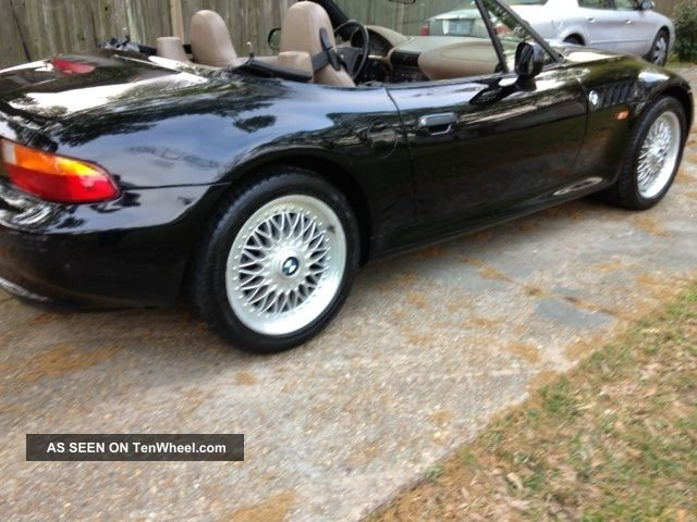 1997 bmw z3 roadster convertible 2 door 1 9l. Black Bedroom Furniture Sets. Home Design Ideas