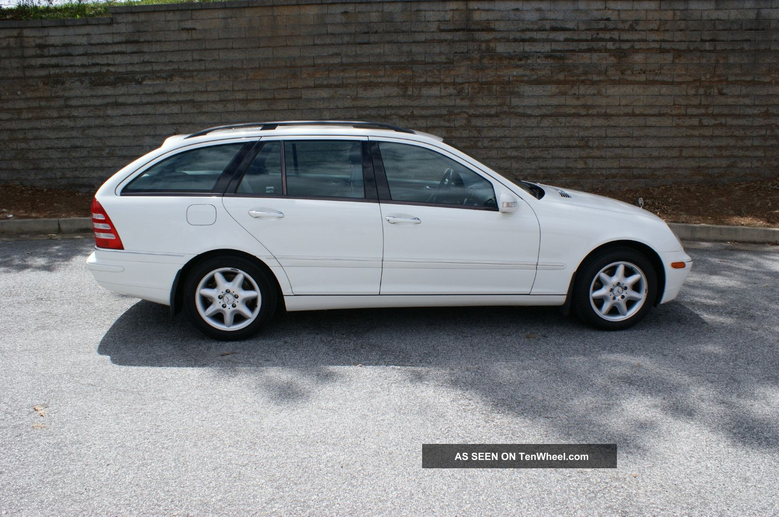 2002 mercedes benz c320 base wagon 4 door 3 2l