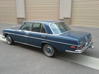 1972 Mercedes Benz 280 Se 4.  5 photo