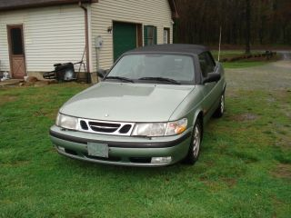 2000 Saab 9 - 3 Base Convertible 2 - Door 2.  0l photo
