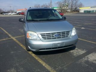 2007 Ford Freestar Se Mini Passenger Van 4 - Door 3.  9l photo