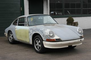 1966 Porsche 912 Karmann Coupe / 911 Engine With 5 Speed Transmission And Webers photo