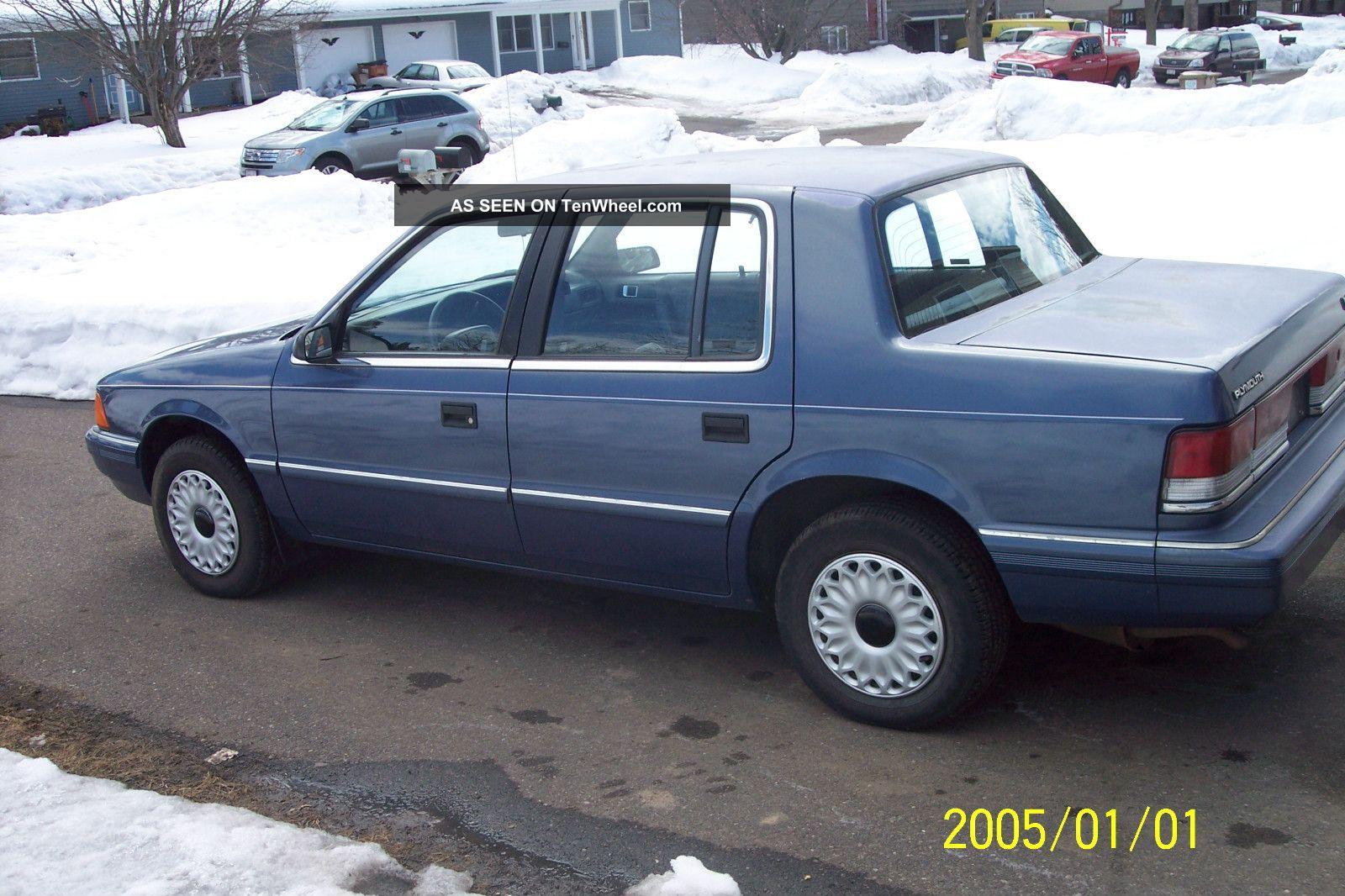 1994 Plymouth Acclaim Base Sedan 4 - Door 2.  5l Acclaim photo