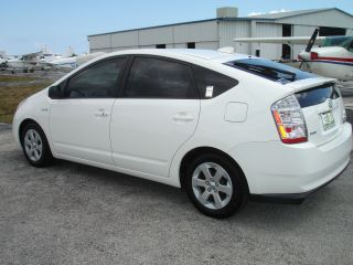 2009 Toyota Prius Base Package 6 photo
