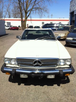 1981 Mercedes - Benz 380sl Base Convertible 2 - Door 3.  8l photo