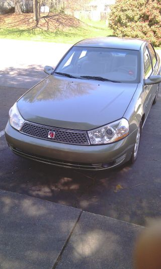 2004 Saturn L300 - 2 Base Sedan 4 - Door 3.  0l photo