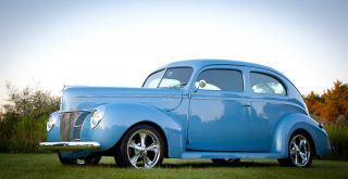 1940 Ford Deluxe Sedan Street Rod photo