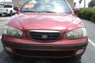 2002 Hyundai Elantra Gt Hatchback 5 - Door 2.  0l Interior photo