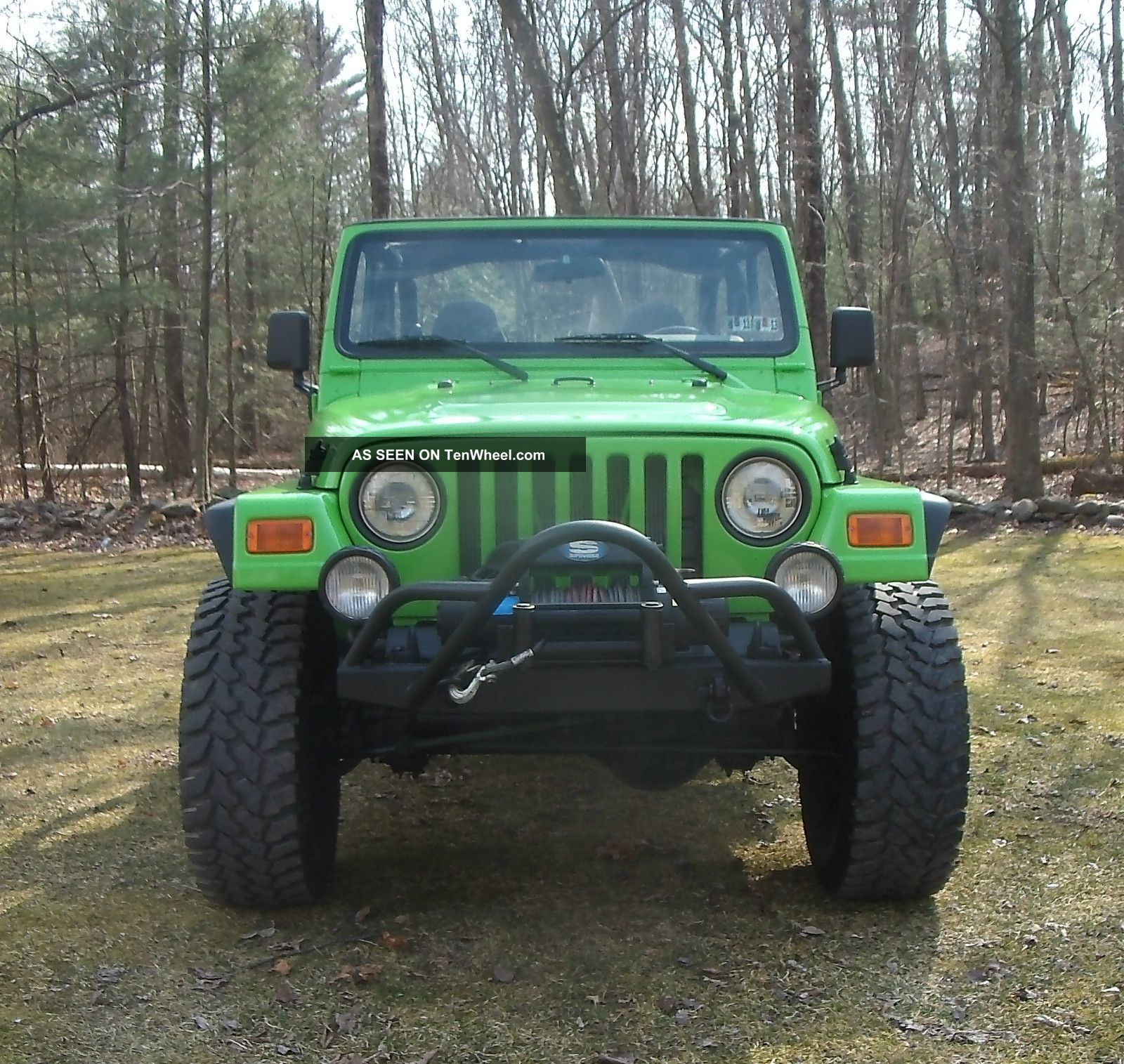 2004 Land Rover Discovery Se Sport Utility 4 Door Green On: 2001 Jeep Wrangler 4. 0l Neon Green (lifted) 3 Day
