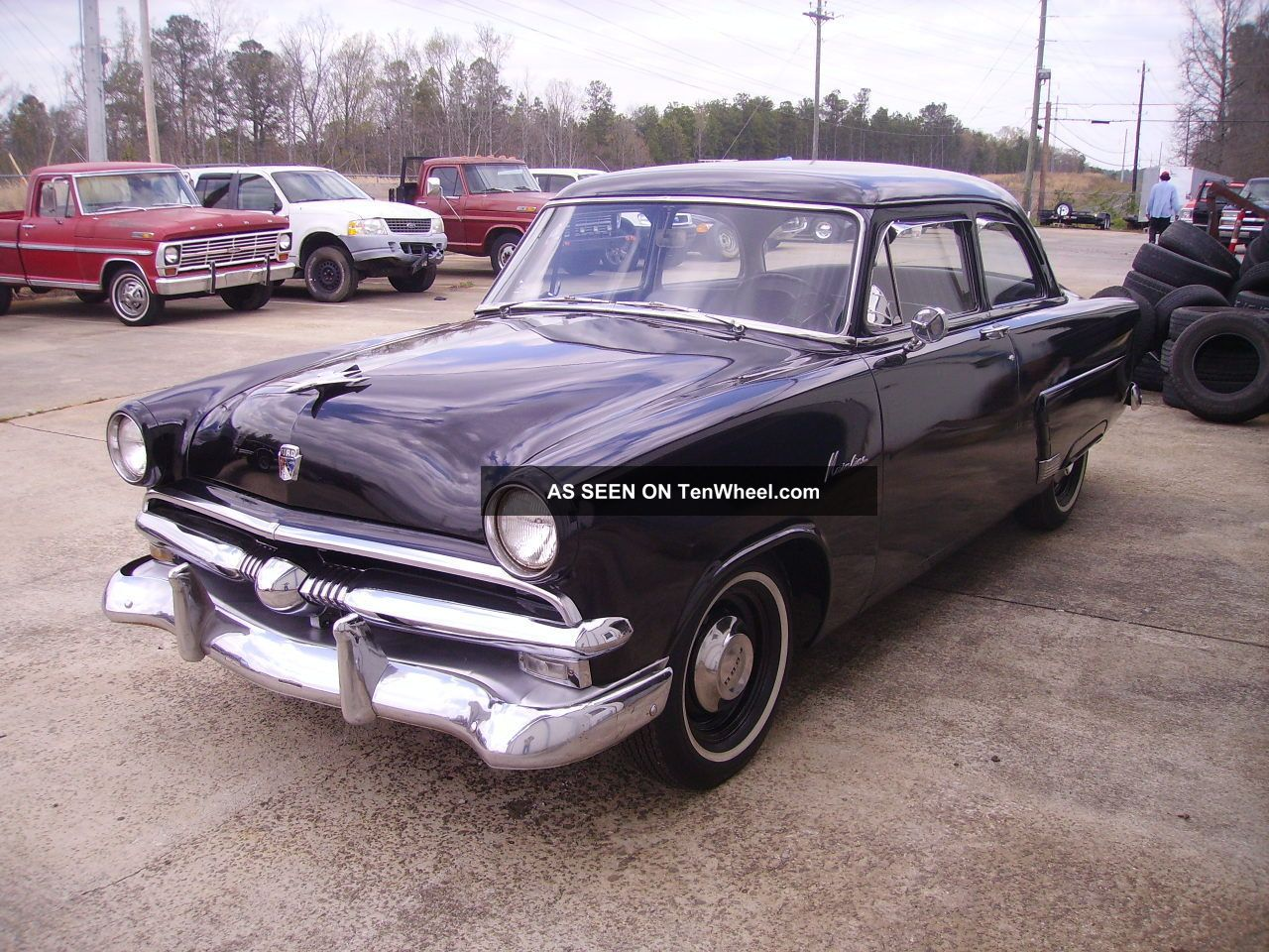 1953 Ford Mainline 2 Door 6 Volt 6 Cylinder 3 Speed On Column Solid Other photo