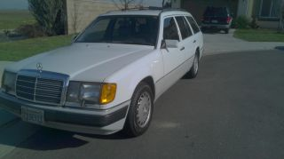 1991 Mercedes - Benz 300te Base Wagon 4 - Door 3.  0l photo