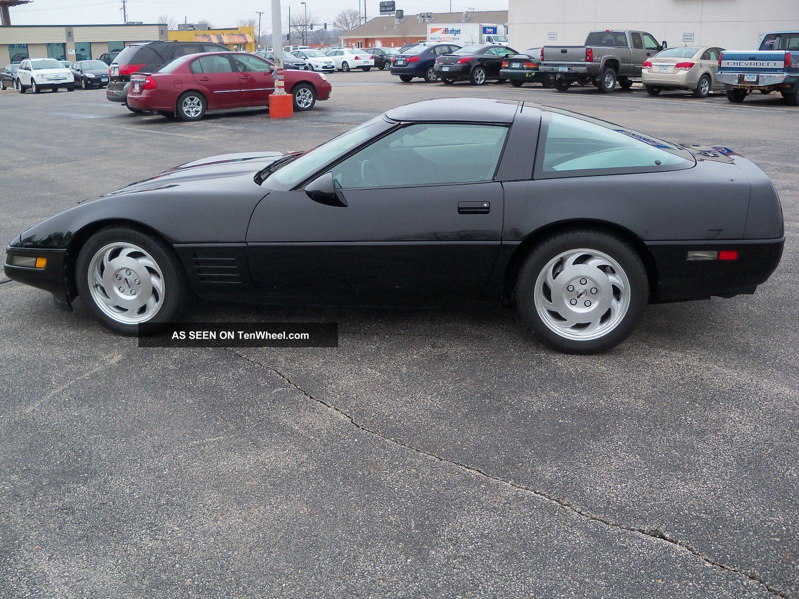1994 Chevrolet Corvette Base Hatchback 2 - Door 5.  7l Corvette photo