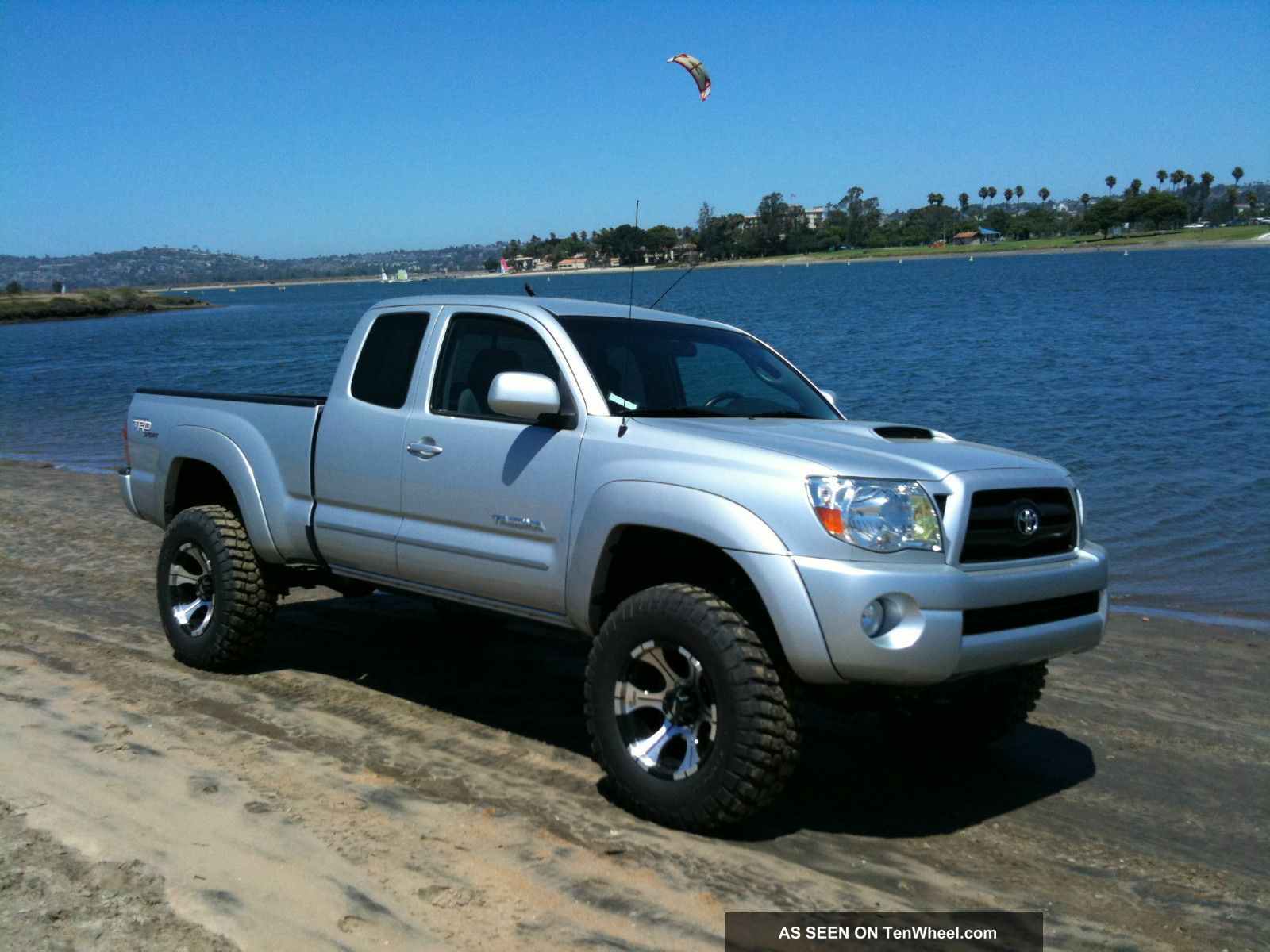 2008 Toyota Tacoma Trd Extended Cab Pickup 4 - Door 4. 0l With Extras ...