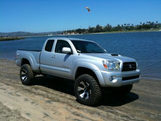 2008 Toyota Tacoma Trd Extended Cab Pickup 4 - Door 4.  0l With Extras photo