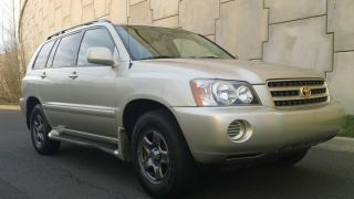 2002 Toyota Highlander Base Sport Utility 4 - Door 3.  0l photo