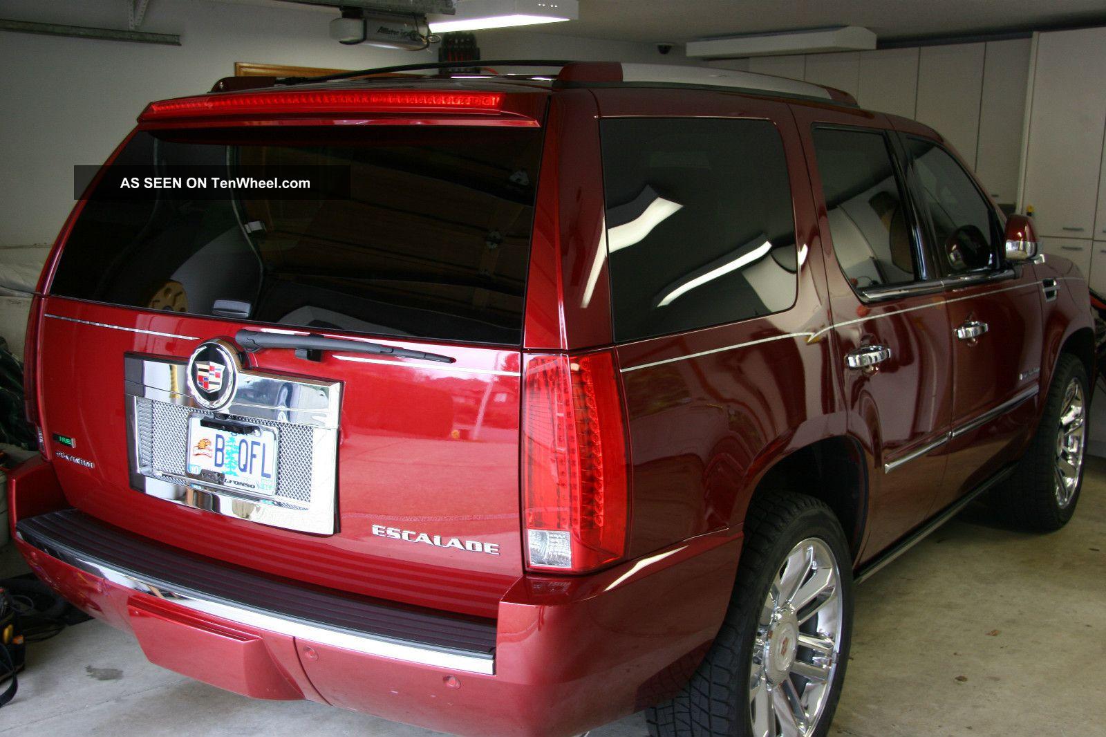 2011 Cadillac Escalade Platnum